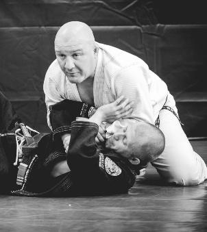 Carlson Gracie JR